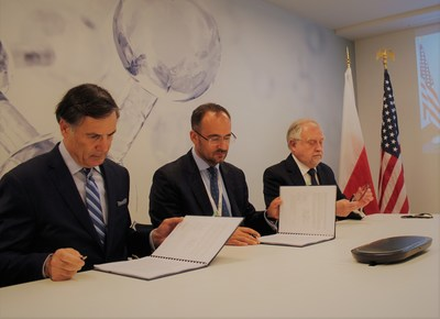 Westinghouse leaders sign USTDA FEED grant in Poland on June 30, 2021